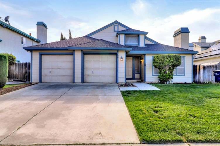 55 S Hickory Avenue, Tracy, CA 95376