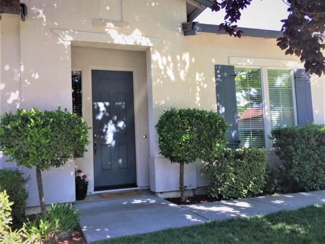 3325 Swallows Nest Lane, Sacramento, CA 95833