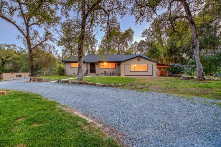 13850 Dry Creek Road, Auburn, CA 95602