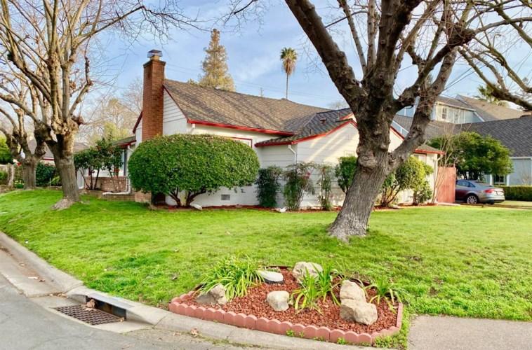 2002 Oxford Street, Sacramento, CA 95815