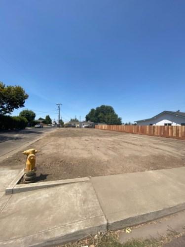 119 Almond Avenue, Manteca, CA 95337