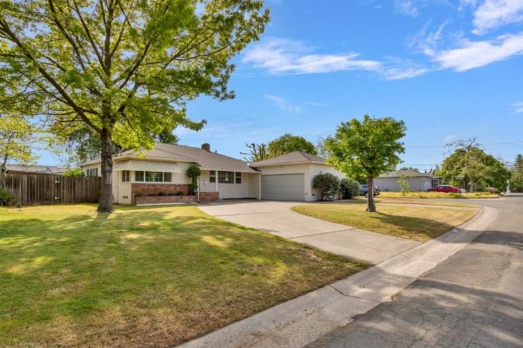 2306 Highridge Drive, Sacramento, CA 95825