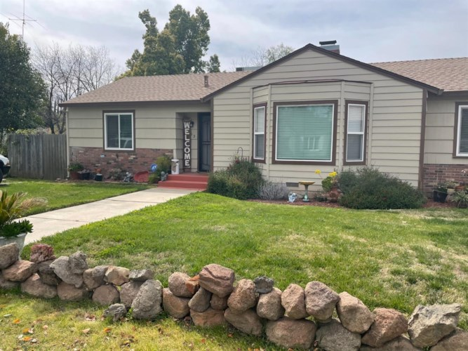 163 S Barrett Rd, Yuba City, CA 95991