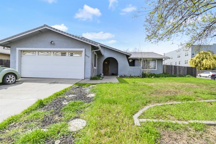 9890 K Street, Live Oak, CA 95953