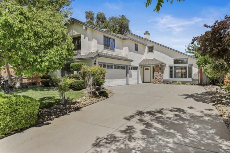 1765 Foxwood Drive, Tracy, CA 95376
