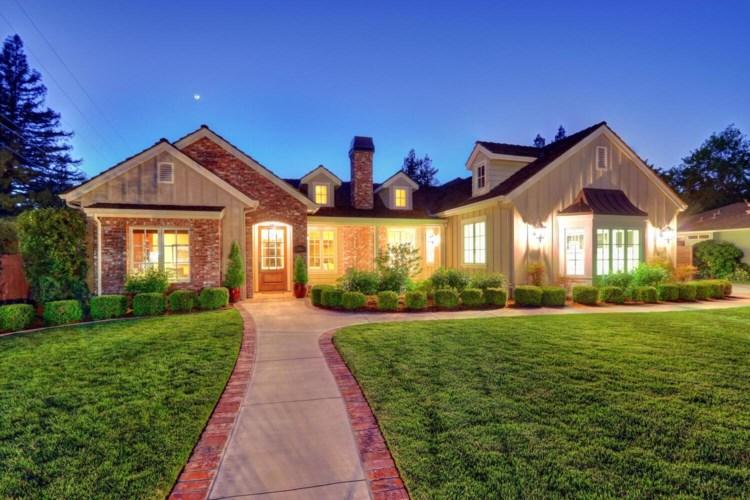 891 Los Molinos Way, Sacramento, CA 95864
