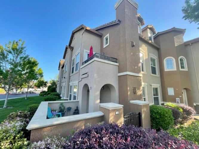 2475 Genova Street  #6, West Sacramento, CA 95691