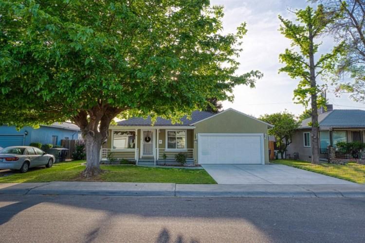 1211 Coolidge Avenue, Tracy, CA 95376