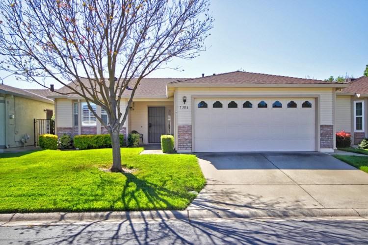 7306 Sunleaf Lane, Sacramento, CA 95828