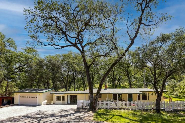 6642 Mountain Ranch Road, Mountain Ranch, CA 95246