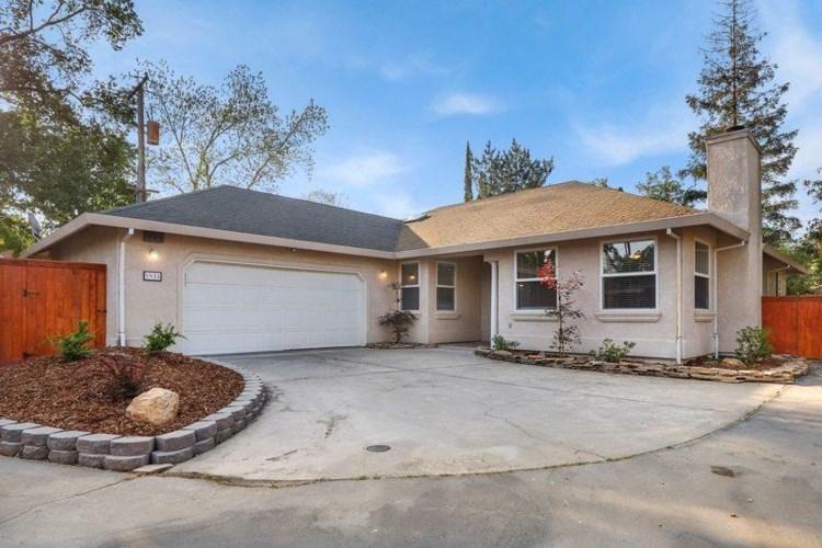 3924 Green Forest Lane, Sacramento, CA 95821
