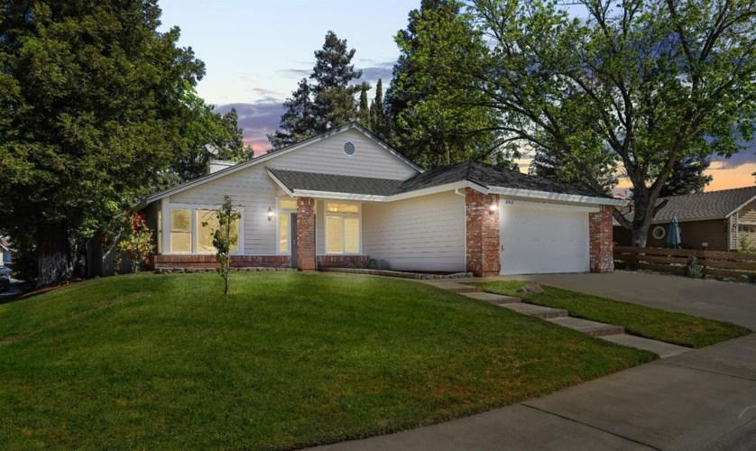 8912 Laguna Place Way, Elk Grove, CA 95758