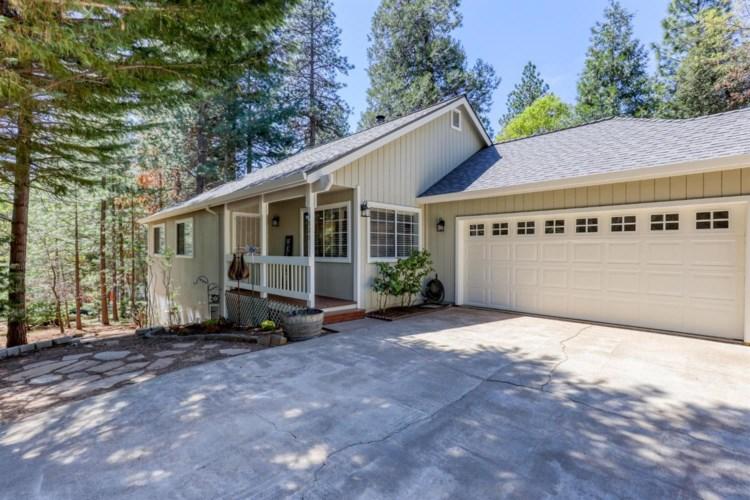 5826 Fallen Oak Trail, Pollock Pines, CA 95726