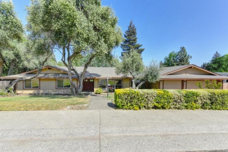 4920 Shamrock Drive, Fair Oaks, CA 95628