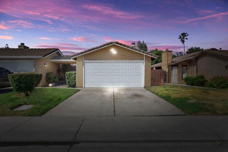 7315 Village Green Drive, Stockton, CA 95210