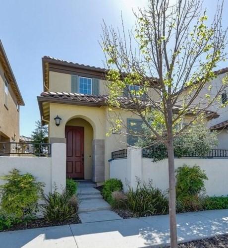 1008 Essington Lane, Roseville, CA 95747