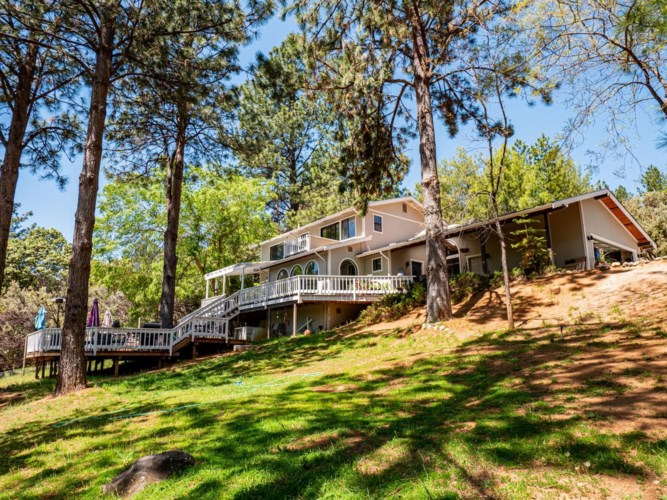 6167 Silverleaf Drive, Foresthill, CA 95631