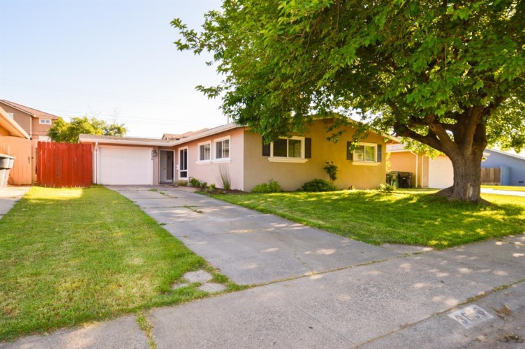 3656 Plymouth Drive, North Highlands, CA 95660