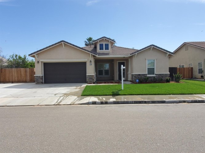 740 Bunting Lane, Newman, CA 95360