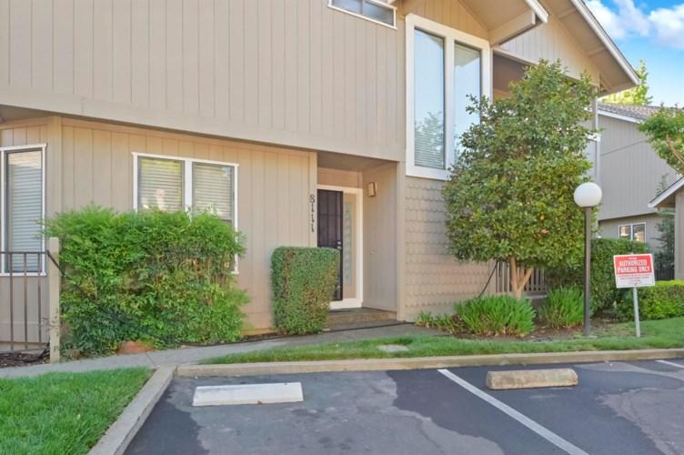 8111 Briar Ridge Lane, Citrus Heights, CA 95610
