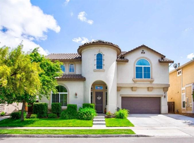 755 Branding Iron Street, Oakdale, CA 95361
