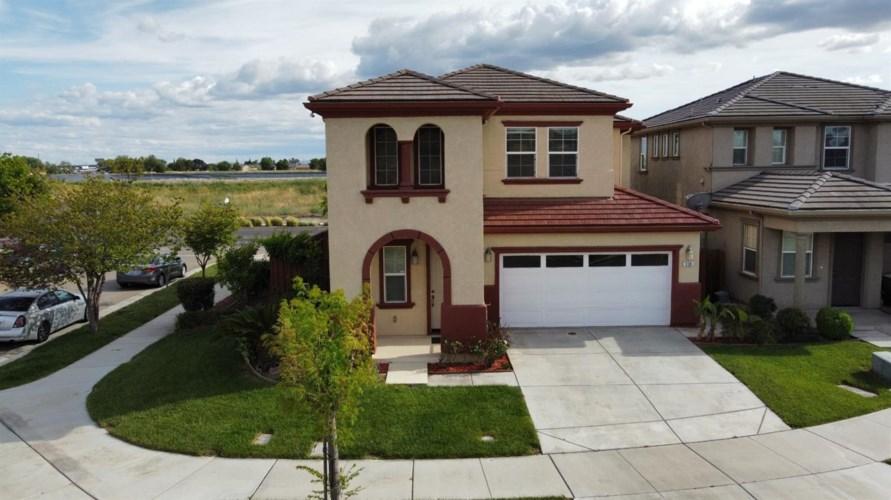 338 Lazy Ridge Avenue, Lathrop, CA 95330