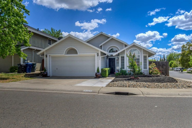 4004 Honey Rose Place, Antelope, CA 95843