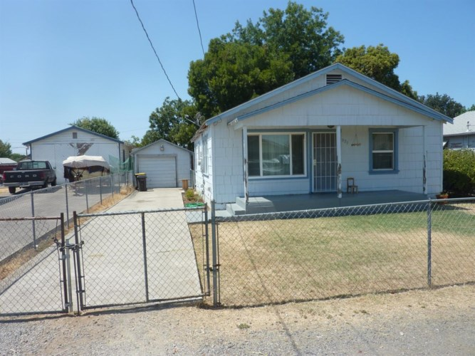 823 S Gertrude Avenue, Stockton, CA 95215