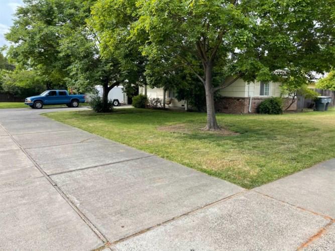 2334 Park Estates Drive, Sacramento, CA 95825