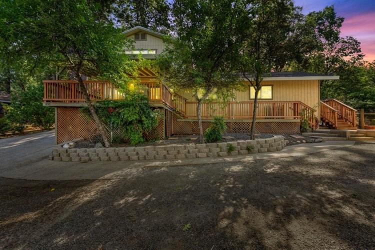 895 Sunray Lane, Colfax, CA 95713