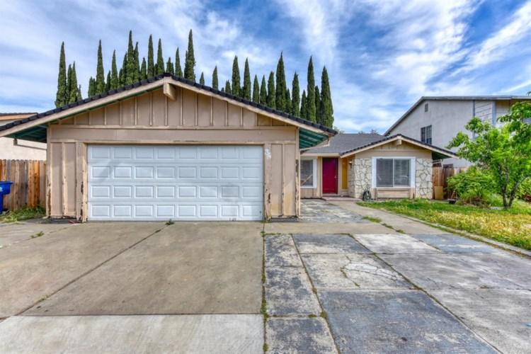 34 De Fer Circle, Sacramento, CA 95823