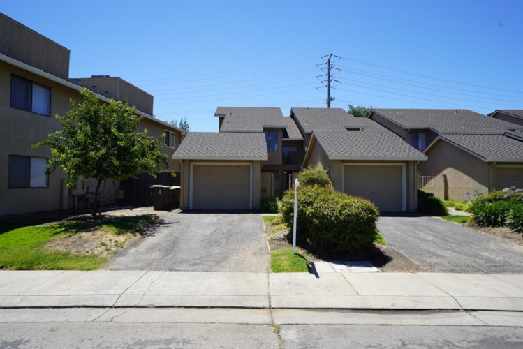 2262 Piccardo Circle  #37, Stockton, CA 95207