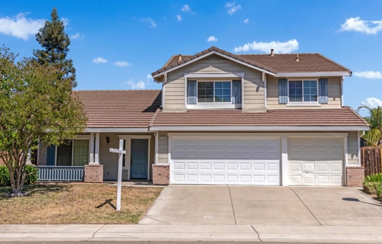 9729 Dynasty Way, Elk Grove, CA 95624