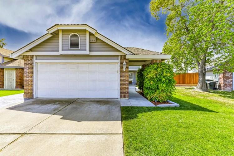 8104 Cardale Way, Sacramento, CA 95829