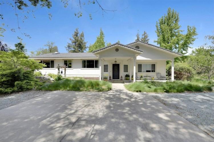 12427 Woods Road, Wilton, CA 95693