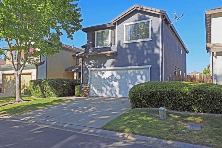 8769 White Cedar, Elk Grove, CA 95758
