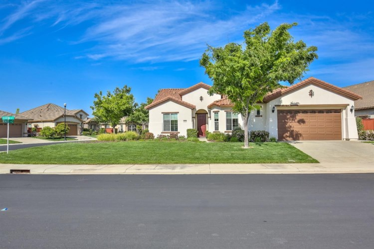 2040 Fluxton Drive, Roseville, CA 95747