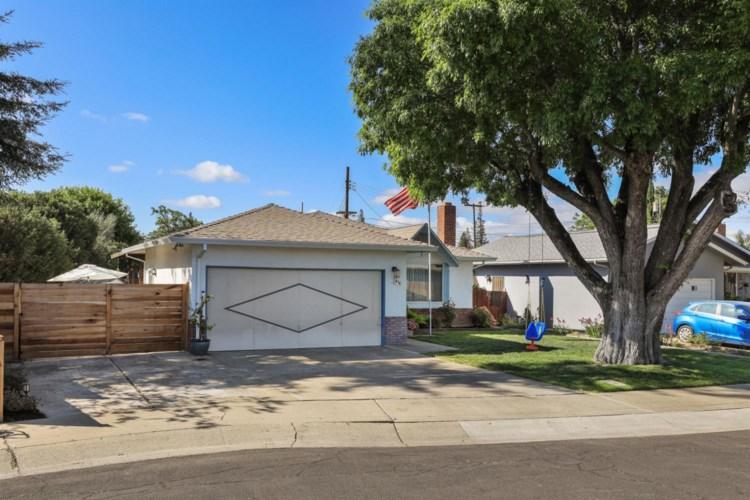 412 Matthew Plaza, Lodi, CA 95240