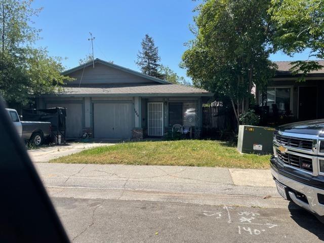1044 Clinton Road, Sacramento, CA 95825