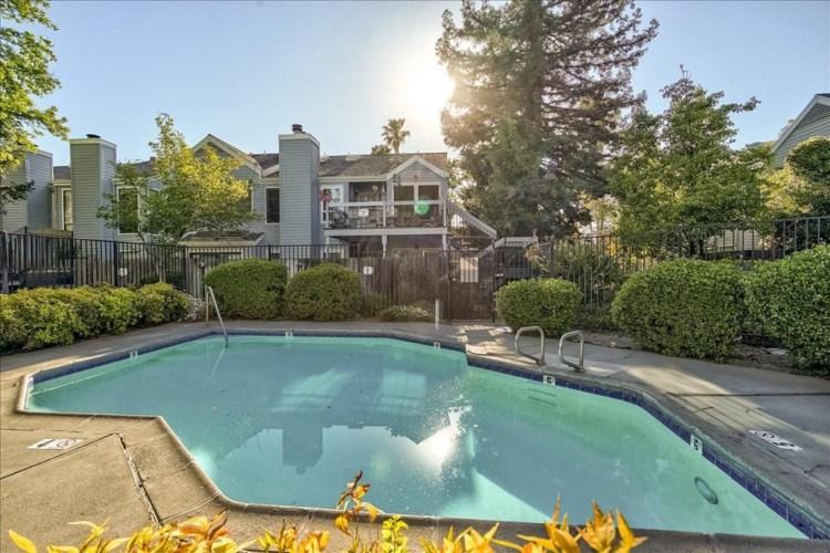 1515 Hood Road  #D, Sacramento, CA 95825