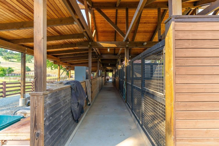 16920 Greilich Road, Plymouth, CA 95669