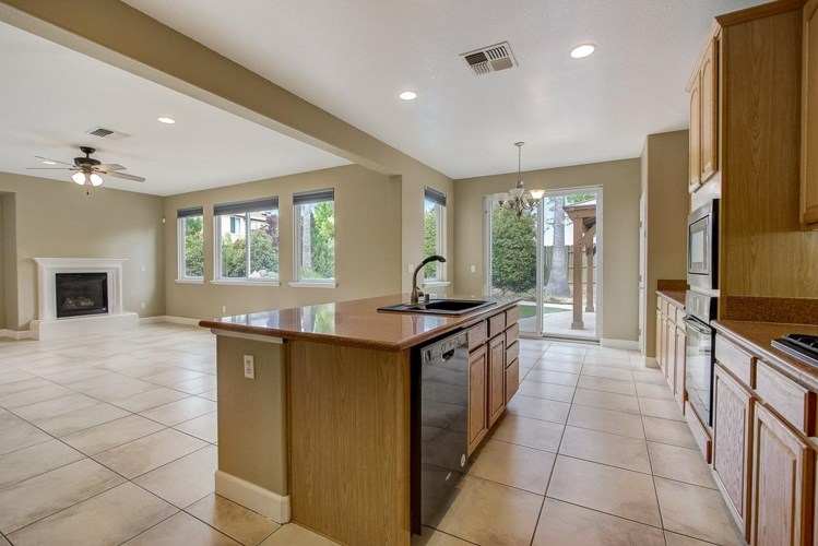 509 Pickering Court, Lincoln, CA 95648
