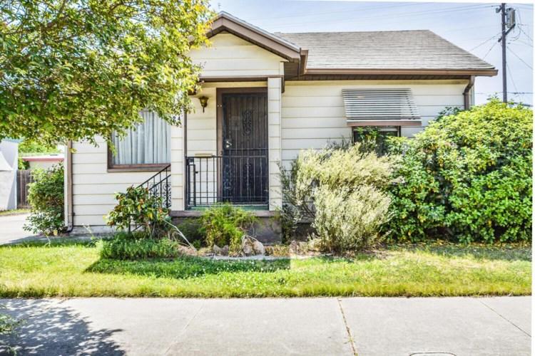 24 E Castle Street, Stockton, CA 95204