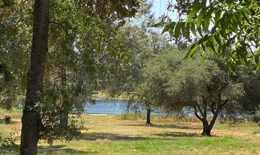 5820 Rocklin Road, Loomis, CA 95650