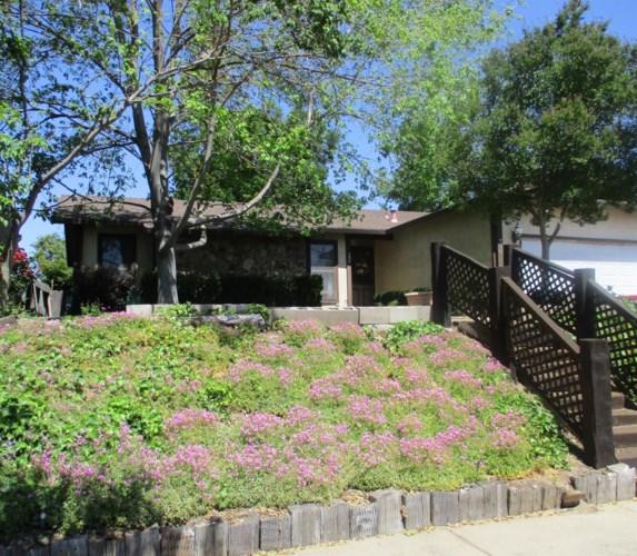 796 E C Street, Oakdale, CA 95361