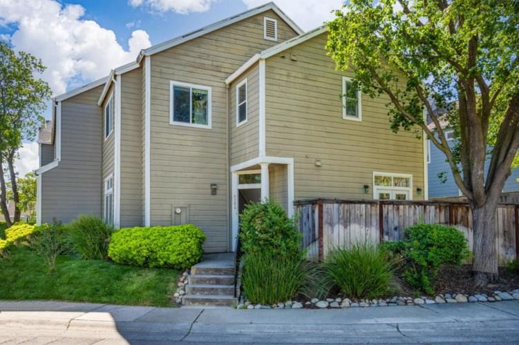 3103 Woods Circle, Davis, CA 95616