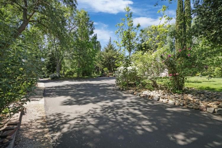 19597 E Mehrten Road, Clements, CA 95227