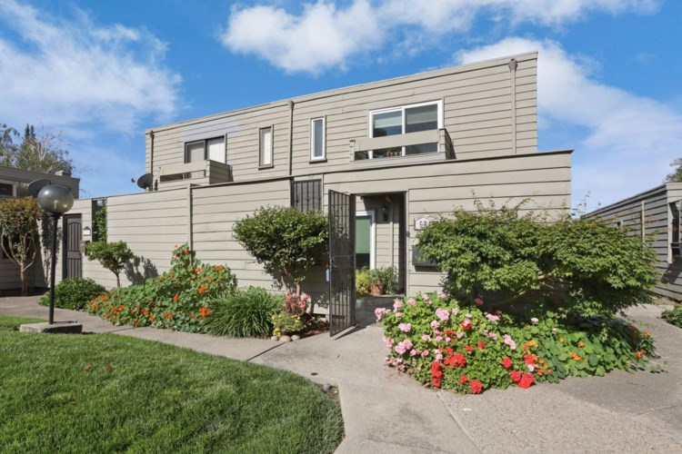 6813 Mill Springs Court, Stockton, CA 95219