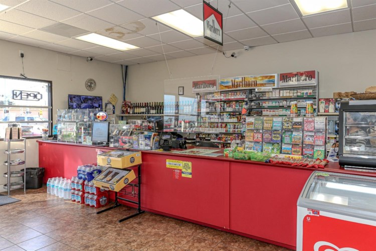 1401 Atwater Boulevard, Atwater, CA 95301