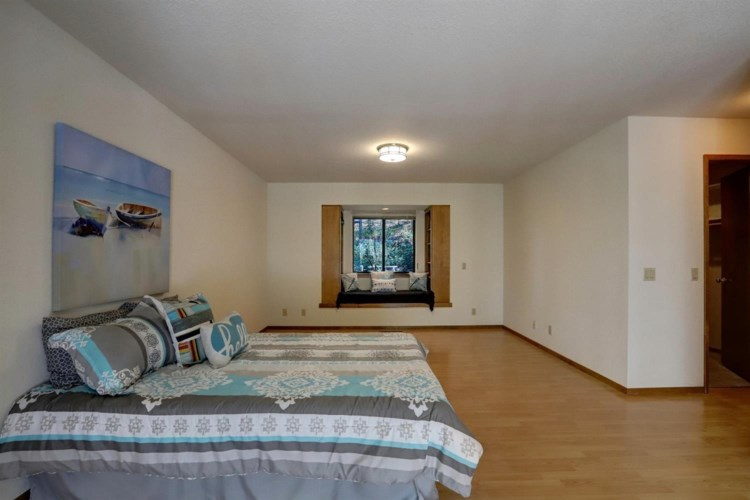 17589 Lawrence Way, Grass Valley, CA 95949